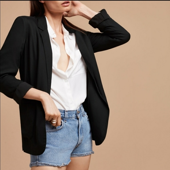 Aritzia Talula Black Soft Blazer Size 00